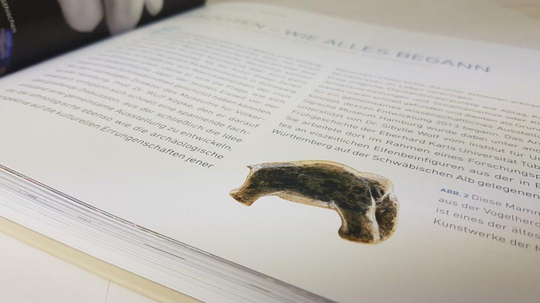 """Katalog zur Sonderausstellung """"EisZeiten"""" im Archäologischen Museum Hamburg und Museum für Völkerkunde Hamburg"""